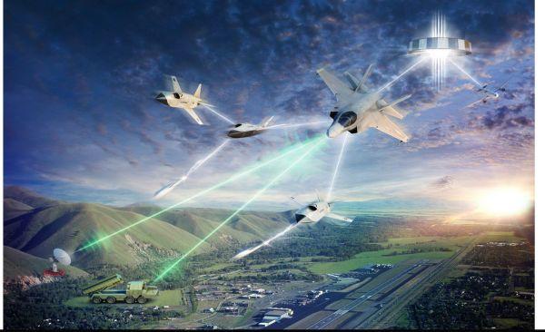"""美国首款隐身无人战斗机亮相 或成为未来空战""""撒手锏"""""""