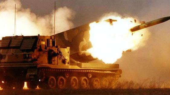 可精?#21453;?#27585;80公里外大楼!北约军演测试反火炮战术