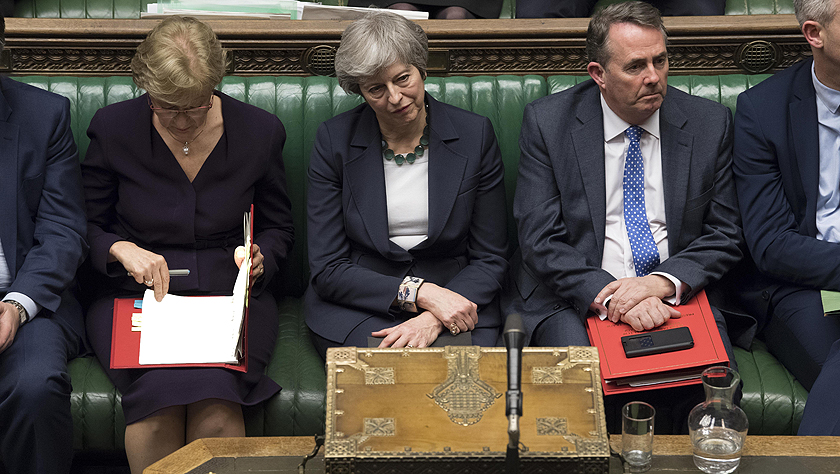 """英国议会投票反对""""无协议脱欧"""""""