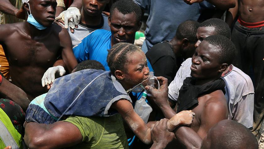 尼日利亚一楼房坍塌至少9人死亡