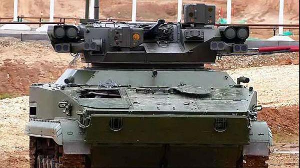 """军情锐评:俄拟研发无人版T-90坦克 较美欧同类武器""""技高一筹"""""""