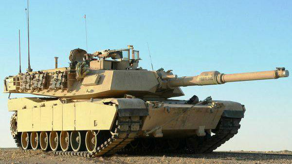 """特朗普夸贊M1坦克""""史上最佳"""""""