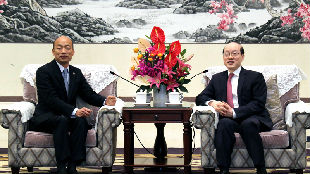 锐参考| 不只有韩国瑜!这几天,刘结一接连会见多位台湾客人——