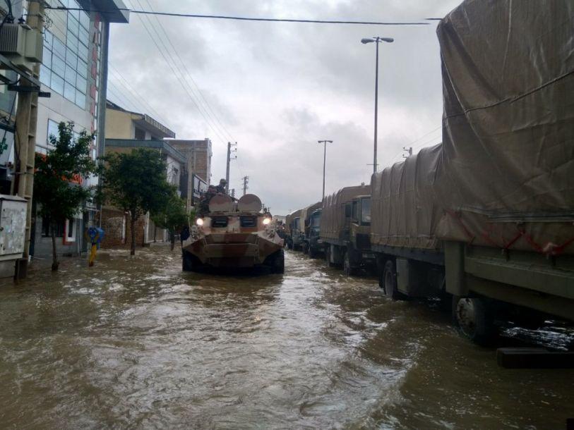 近日由于暴雨频繁导致伊朗北部、西南部和南部地区发生大规模洪灾,为此伊朗军队出动包括BTR装甲车在内的多种装备进行救援。2