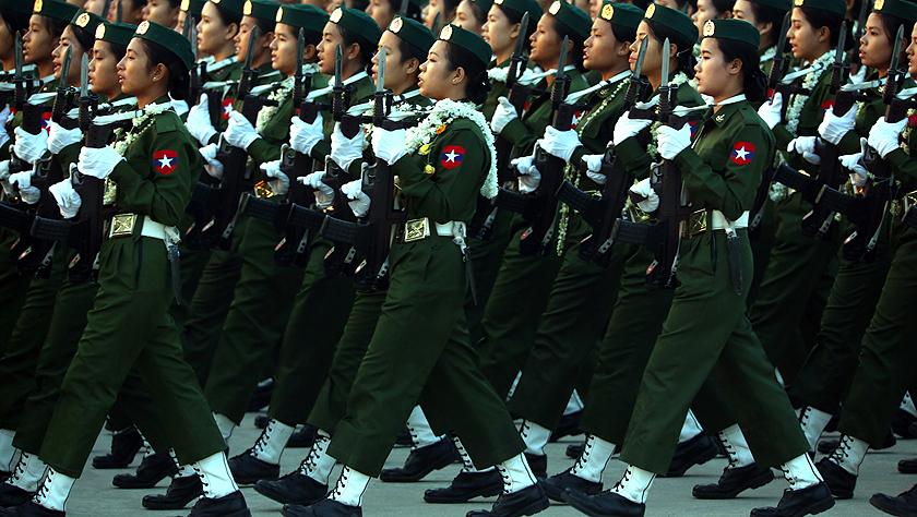 缅甸纪念建军74周年