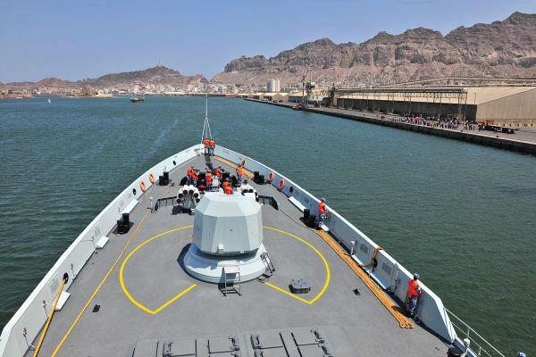 中国海军抵达也门