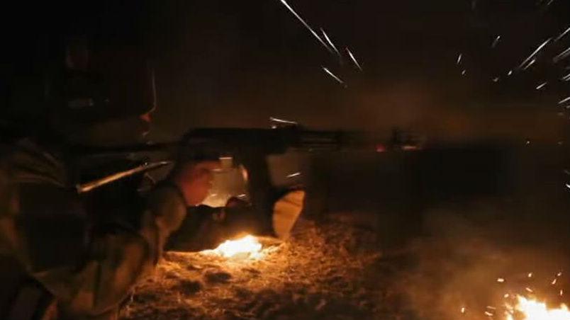 俄罗斯AK-12步枪通过高温测试 俄媒盛赞其可靠性