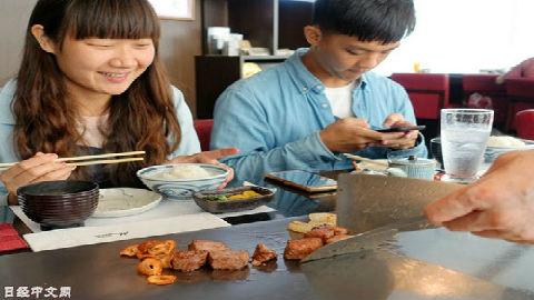日本和牛价格居高不下 日媒:日本人吃不起 外国游客不怕贵