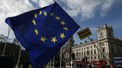 """外媒:所有人都不愿妥协 政治内耗令英国掉入脱欧""""黑洞"""""""