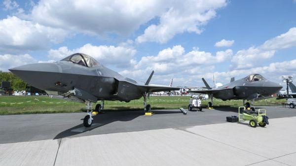 美媒忧心忡忡:如果日本F-35A战机残骸落入中俄之手……