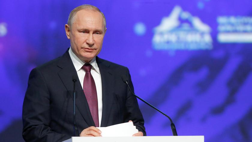 普京说俄正在制订和落实促进俄北极地区发展的多项规划