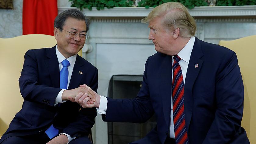 美韩领导人表示将继续推动美朝对话