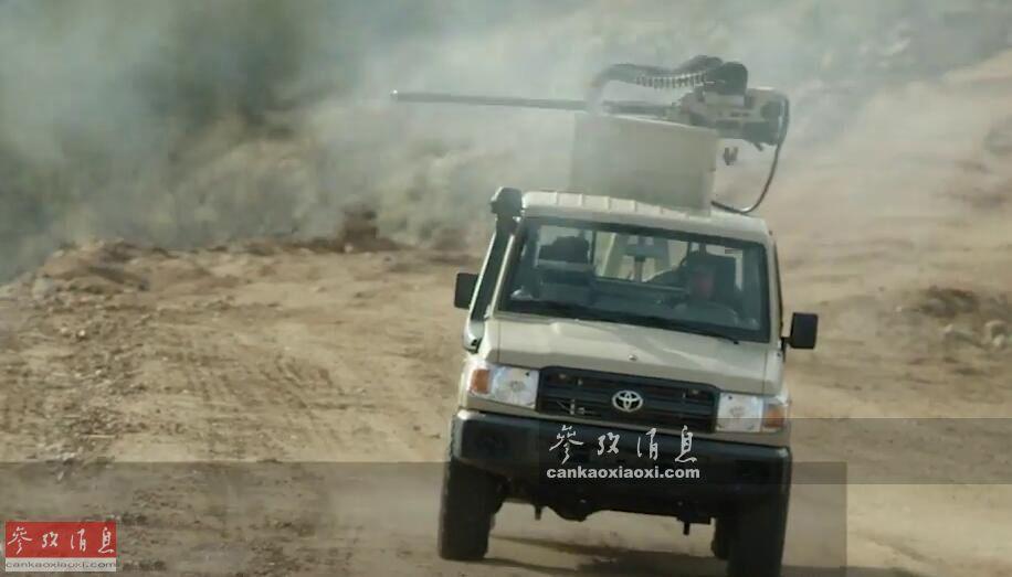 """第一眼看到图中的武装皮卡车,人们可能会先想到又是中东某国推出的""""魔改产品"""",实际这是美国著名""""军火巨头""""诺-格公司近日推出的最新产品——搭载30毫米M230LF轻型链式机关炮的丰田LC79皮卡,颇有种美军也准备打""""丰田战争""""的节奏32"""
