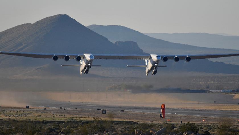 117米!全球翼展最宽飞机完成首次试飞