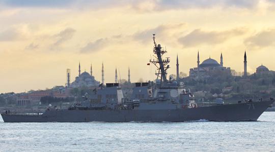 """又来挑衅?美军战舰进黑海""""自由巡航"""""""