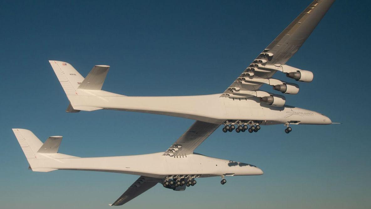 大鹏展翅!美造全球翼展最宽飞机 可速射军用卫星助力太空战