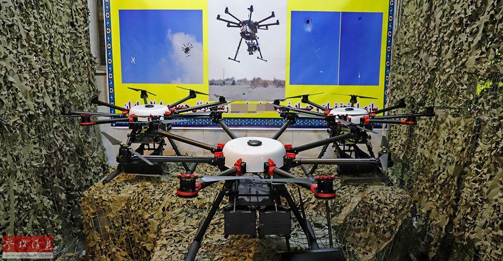 伊朗军队在建军节上展出的国产多轴无人机。