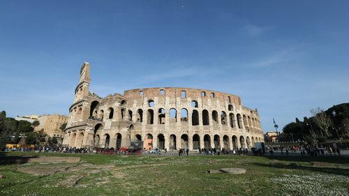"""台媒:意大利罗马垃圾遍地尽显""""破败"""" 还收高额游客税"""