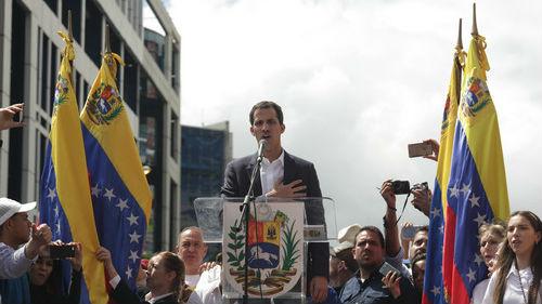 瓜伊多宣称欢迎美国军事干预 但遭多数反对派人士反对