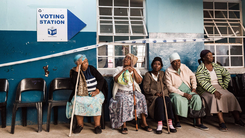 南非大选投票拉开帷幕