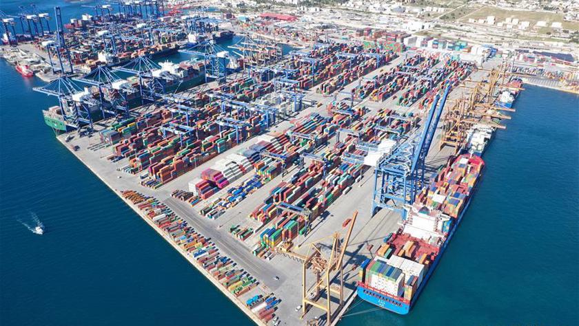 从货通全球到服务全球——中国谱写全球港口合作新篇章