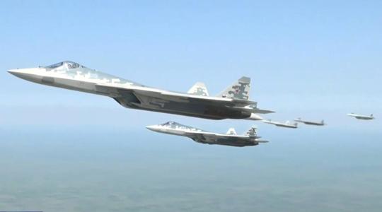 最高规格!6架苏-57战机为普京专机护航