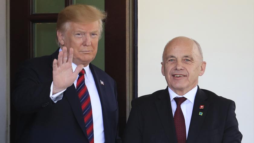 特朗普称不希望与伊朗发生战争