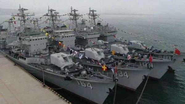 英媒关注中国4艘051型驱逐舰退役 或由052D和055替补