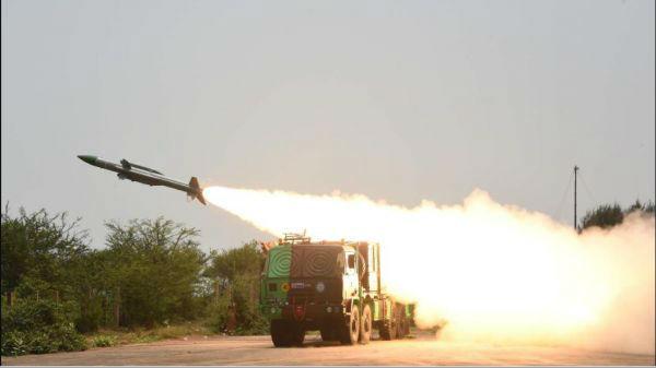"""外媒称印度防空部队向边境""""前移"""""""