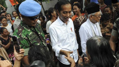 印尼总统佐科大胜连任 台媒:未来五年创造一亿个工作机会