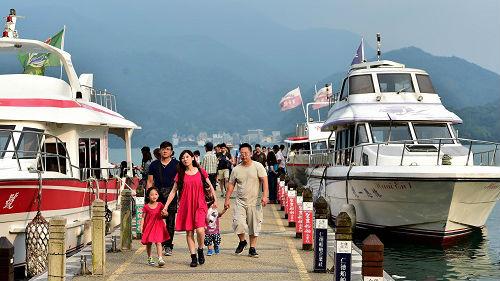 台媒:民调显示蔡英文搞坏两岸关系 对台湾经济造成负面影响