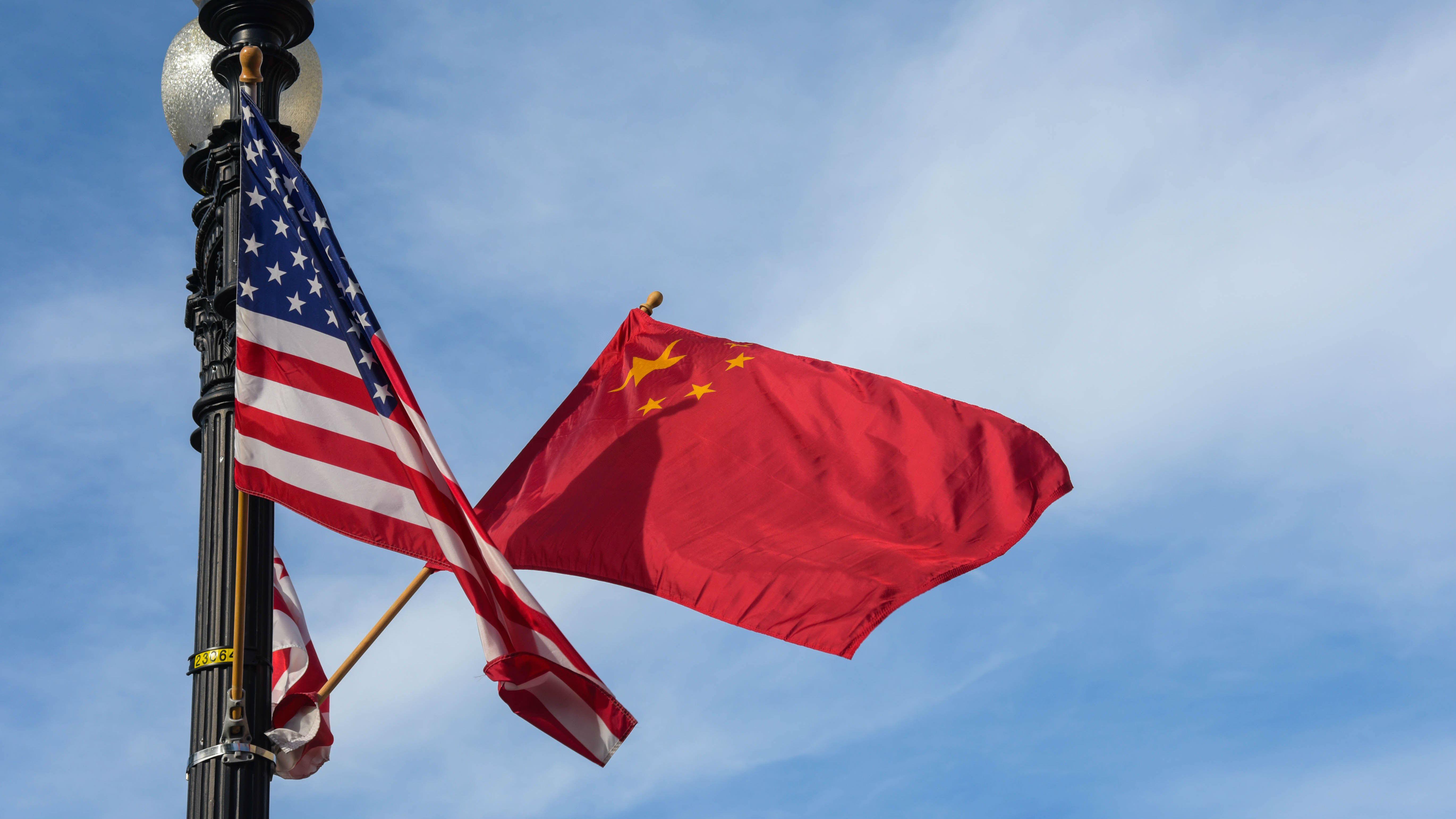 外媒评述:美国升级贸易战危及世界经济