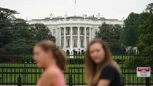 外媒:证据显示美消费者将为关税买单 美国未得到好处