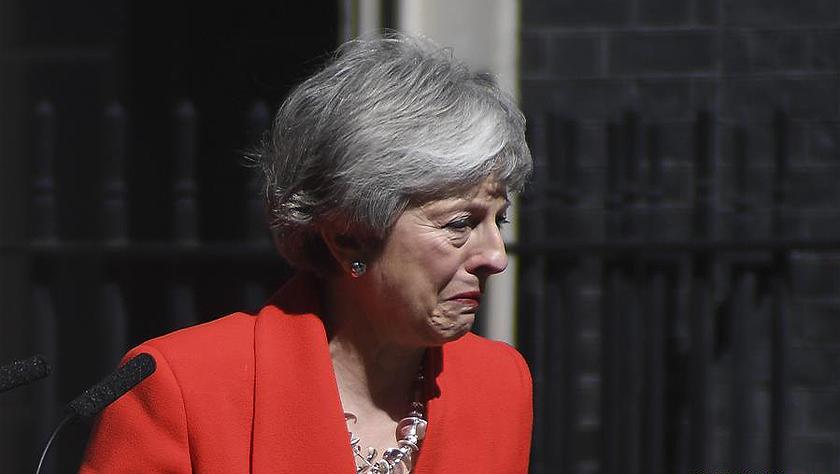 英国首相将于下月辞去保守党领导人职务