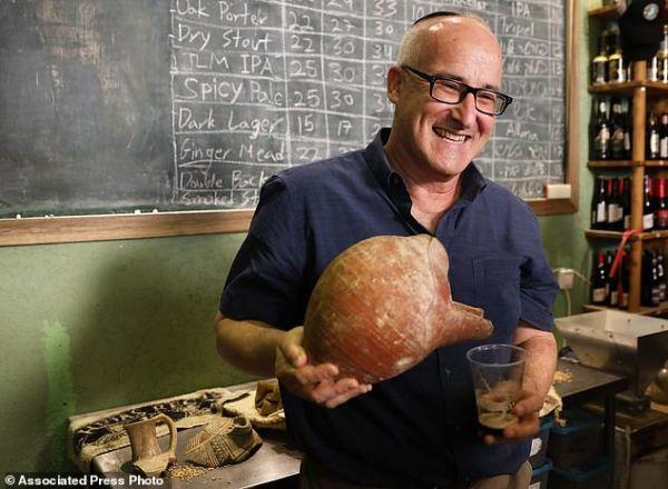 英媒:以色列科学家用5000年前酵母酿造出啤酒
