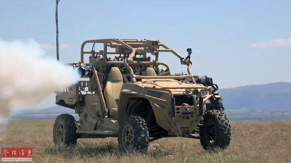 无人战术发烟车在左右两侧均加装有发烟装置。