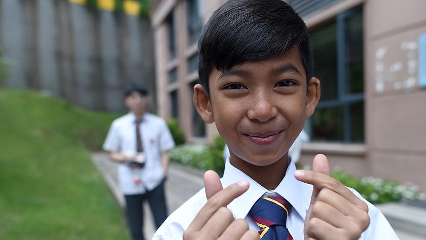 """柬埔寨""""網紅""""少年中國求學開啟新生活"""