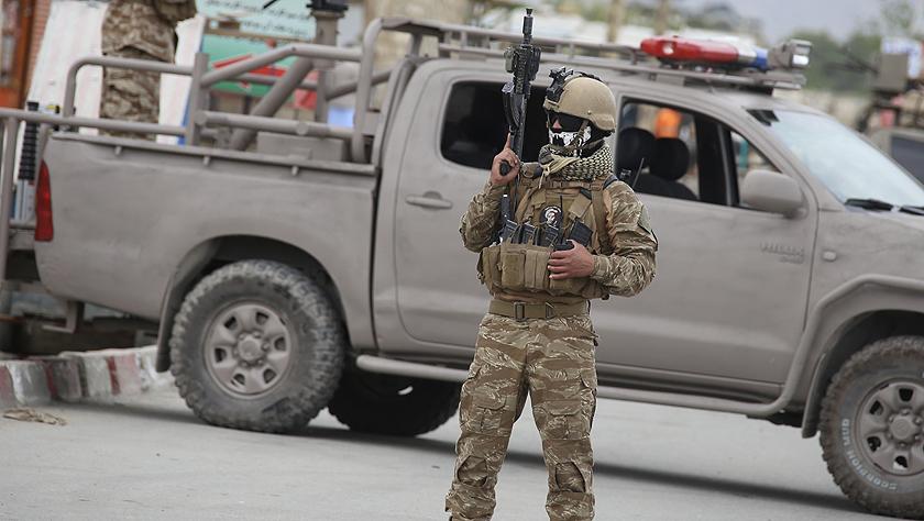 阿富汗首都一军事学院外发生自杀式炸弹袭击致死7人