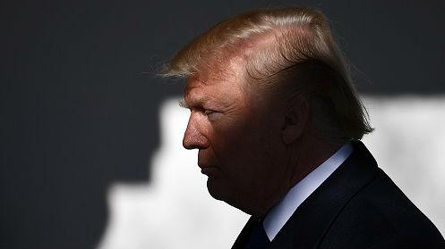 """特朗普对墨西哥发布""""戏剧性""""声明:对所有墨商品征5%关税"""