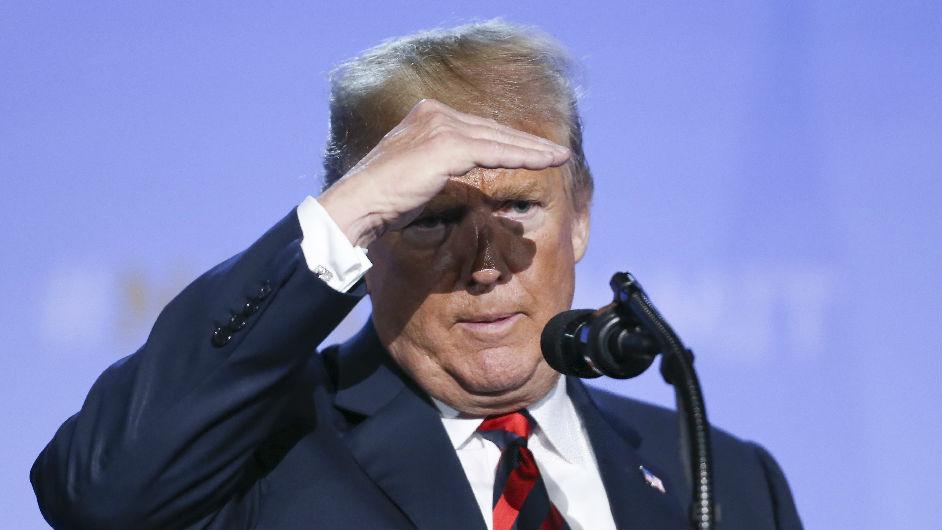 """美媒称白宫下达""""眼不见为净""""指令 以免特朗普看到政敌名字"""