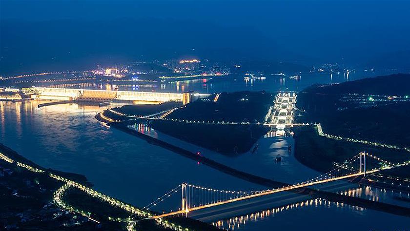 三峽過閘100%安檢實施一年 5.4萬余艘船舶安全過閘