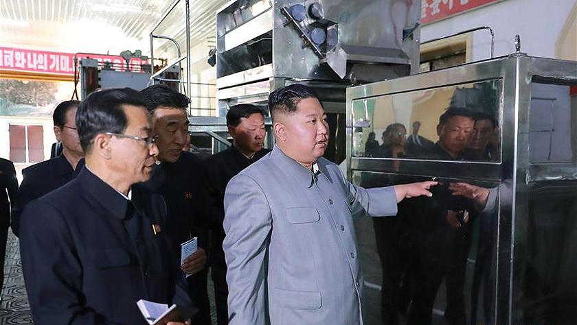 金正恩視察地方機械企業