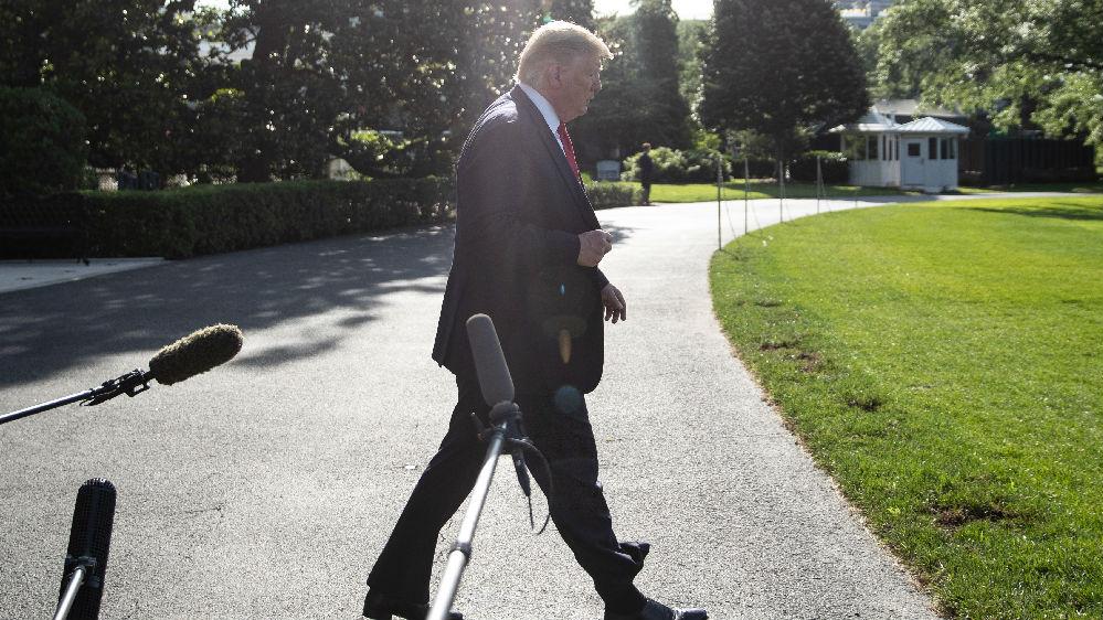 """特朗普连续挥舞""""关税大棒""""惹众怒 专家:加速美国孤立_中欧新闻_欧洲中文网"""