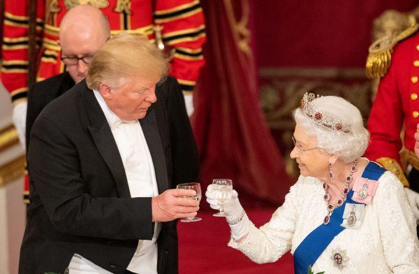 特朗普女王