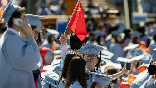 """中国连发赴美留学旅游预警 美国业界感到""""压力山大"""""""