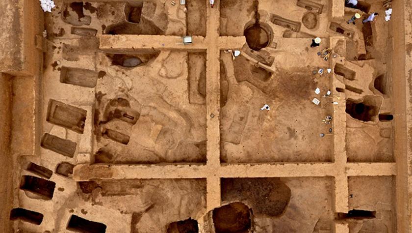 考古人员首次明确发现商代铸铜工匠家族墓地