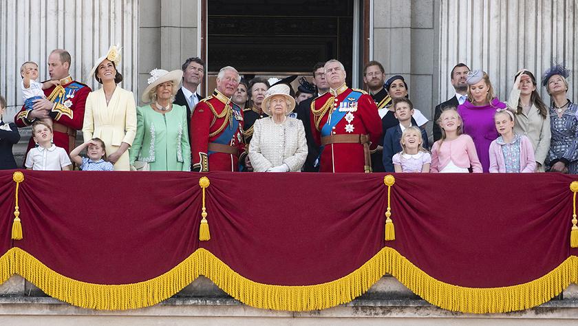 英国女王93岁生日庆典在伦敦举行
