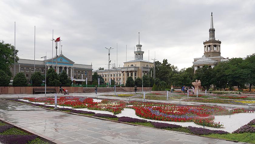 新闻背景:吉尔吉斯共和国