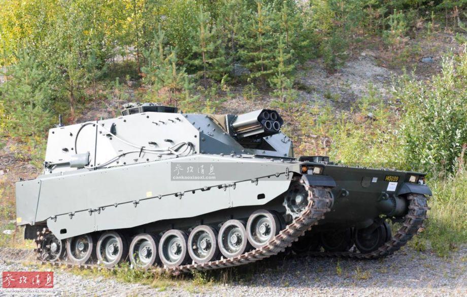 """图中这辆看似""""四管炮坦克""""的新型装甲车,实际是瑞典陆军的""""雷神之锤""""自行双管迫击炮。近日,瑞典陆军与英国BAE系统公司签下6800万美元合同, 将于2019年采购40套""""雷神之锤""""自行火炮。8"""