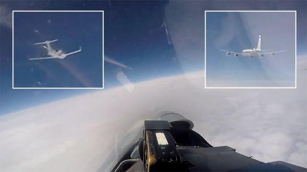 图为从俄军战机飞行员座舱视角拍摄的现场照片